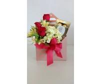 Box de  flores e chocolate