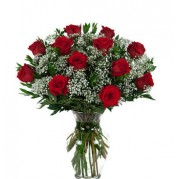 buquê 12 rosas Importada em vaso de vidro  - entregamos em toda BH