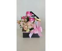 box  c mix de  flores e chocolate